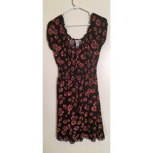 FLORAL FLOWY DRESS SIZE M